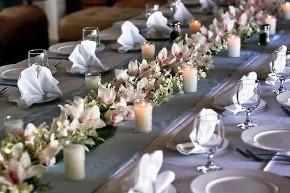 Fiori per i tavoli del ricevimento