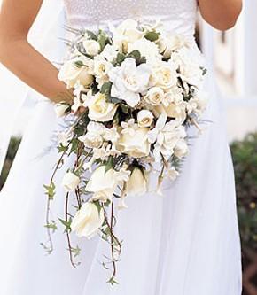 Bouquet a cascata per la sposa