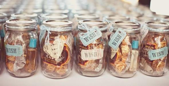 Diy beach wedding table decorations candy cake weddings - Idee Per Le Bomboniere Di Matrimonio Lemienozze It