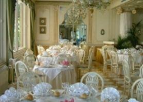 Disposizione ai tavoli del matrimonio - LeMieNozze.it