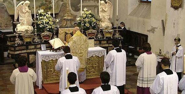 Le origini del rito ambrosiano e le differenze con il rito romano