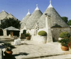Matrimonio ai trulli: la magia di Tenuta Monacelle