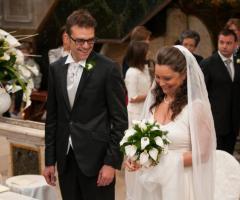 Fotografia degli sposi in chiesa