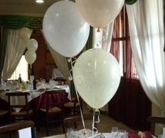 Allestimento per palloncini per il matrimonio