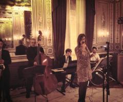 Musica a cura di Stefano Mancini DJ & Bluenotes Live Band