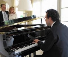 Paolo Buzzi - organista e pianista con voce e strumenti per cerimonie e banchetti