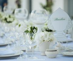 F&B Luxury Events - Allestimento dei tavoli per il ricevimento