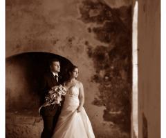 Foto color seppia degli sposi