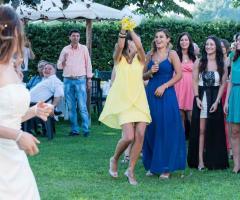 Simone Gavana Foto -  Il lancio del bouquet