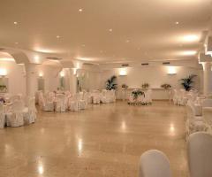 Matrimonio total white a Villa Torre Rossa