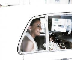 Simone Gavana Foto - La sposa in auto