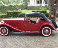 Auto d'epoca per il matrimonio a Bari