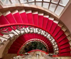 La scalinata della location di nozze