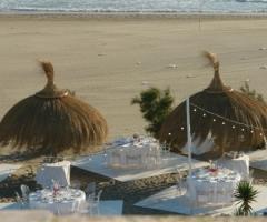 Sala per ricevimenti di matrimonio in spiaggia