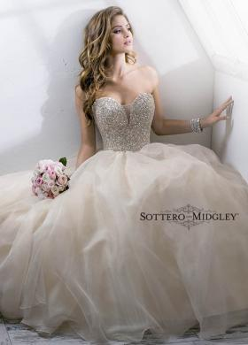 Abito da sposa con scollo gioiello - Mod. Angelette Sottero & Midgley