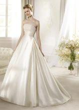 Abito da sposa con cinta alta