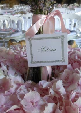 Mise en place rosa pastello con ortenzie