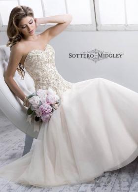 Abito da sposa con corpetto stretto e scollo a cuore - Mod.Quincy Sottero & Midgley
