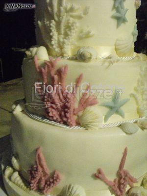 La torta nuziale tema mare - Fiori di Cotone - Wedding design & events ...