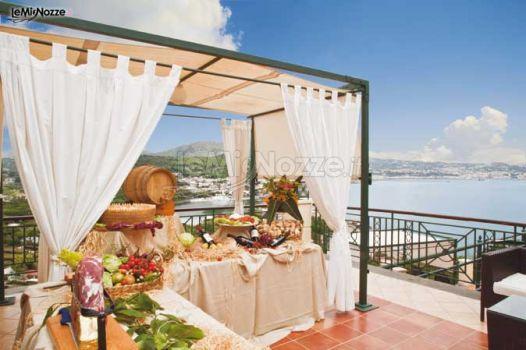 Gazebo in terrazza per l 39 antipasto di matrimonio il - Gazebo per terrazza ...