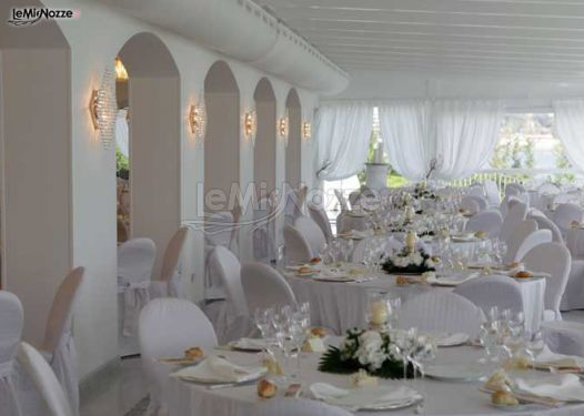 Matrimonio In Total White : Matrimonio total white il belvedere villa guarracino