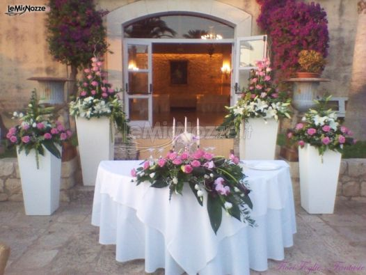 ... - Addobbi in rosa per il ricevimento di matrimonio - LeMieNozze.it
