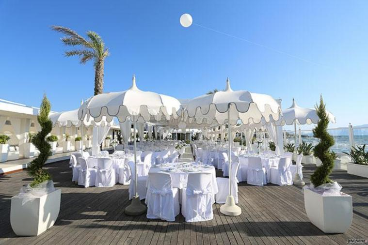 Matrimonio Spiaggia Bacoli : Sohal beach location per matrimoni in riva al mare a