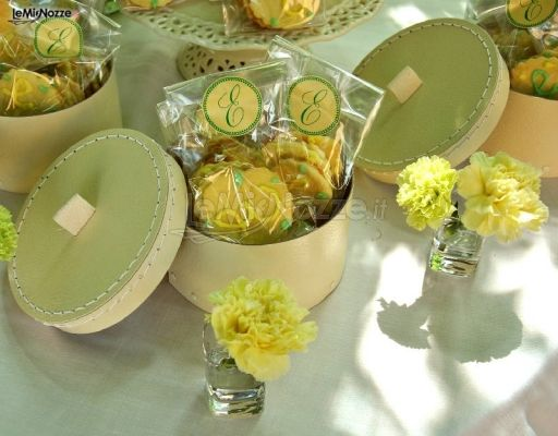 Matrimonio In Giallo : Foto matrimonio in giallo biscotti decorati per le