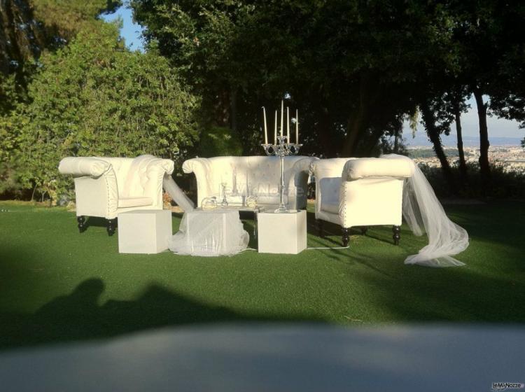 Allestimento in giardino per il matrimonio casina di for Allestimento giardino matrimonio