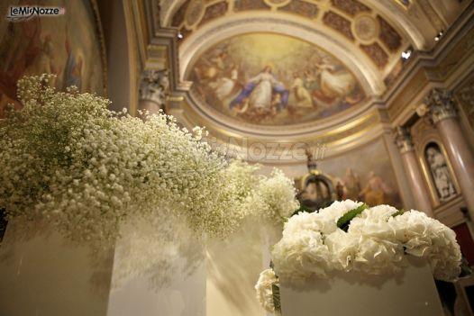 Allestimento Chiesa Ortensie : Allestimento bianco per la chiesa sugarevents wedding