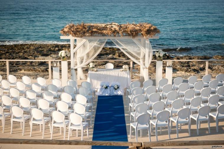 Matrimonio Sulla Spiaggia Al Tramonto : Cerimonia di matrimonio al mare coco ricevimenti a bari
