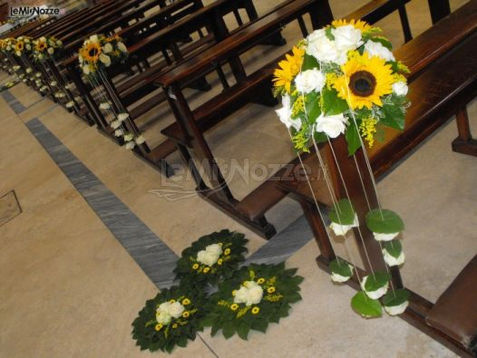 Addobbi Chiesa Matrimonio Girasoli : Foto addobbi floreali chiesa e cerimonia girasoli