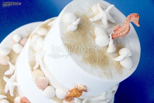 Foto 1 torte nuziali artistiche torta di matrimonio for Decorazioni torte tema mare