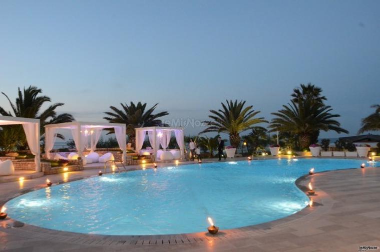 Villa torre rossa bisceglie barletta andria trani for Addobbi piscina per matrimonio