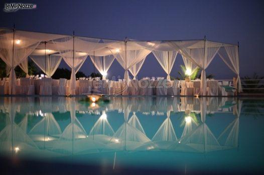 Foto 1 gazebo per matrimoni organizzazione del for Addobbi piscina