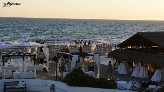 Matrimonio In Spiaggia Dove : Matrimonio in spiaggia castello miramare