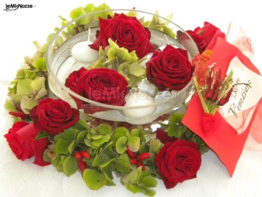 Foto 1 centrotavola matrimonio centrotavola con rose e for Centrotavola matrimonio candele