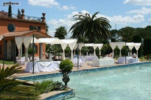 Matrimonio a bordo piscina villa dino foto 3 for Matrimonio bordo piscina
