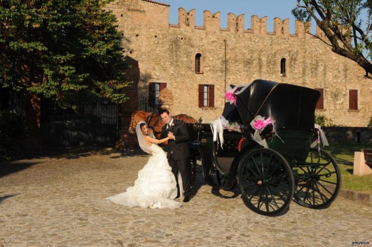 Matrimonio In Carrozza : Nozze carrozze affitto carrozza per matrimonio