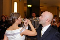 Il brindisi degli sposi - Foto Marcello Melis in stile classico