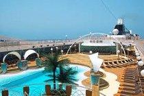 Piscina della nave da crociera per il viaggio di nozze - Touch & Go Agenzia Viaggi e Turismo