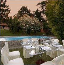 Allestimento total white per il matrimonio curato da Masolino Creative Banqueting