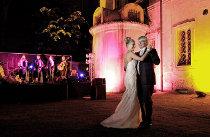 La sposa balla durante lo spettacolo delle Drag Queen - Foto di Nabis Foto