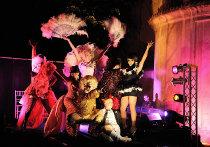 Spettacolo di Drag Queen durante il ricevimento di matrimonio - Foto di Nabis Foto