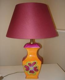 Lampada decorata con fiore