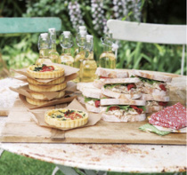 Sandwhic assortiti per il wedding picnic