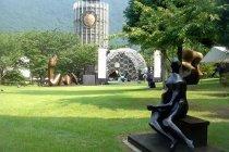 Visita all'Hakone Open Air Museum durante il viaggio di nozze