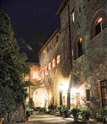 Borgo antico, scenario del matrimonio curato da wedding weekend