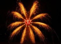 Doppio cuore con scie luminose realizzato da Pirotecnica Papa
