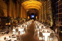 Tavoli illuminati per il matrimonio organizzato da Modo Eventi